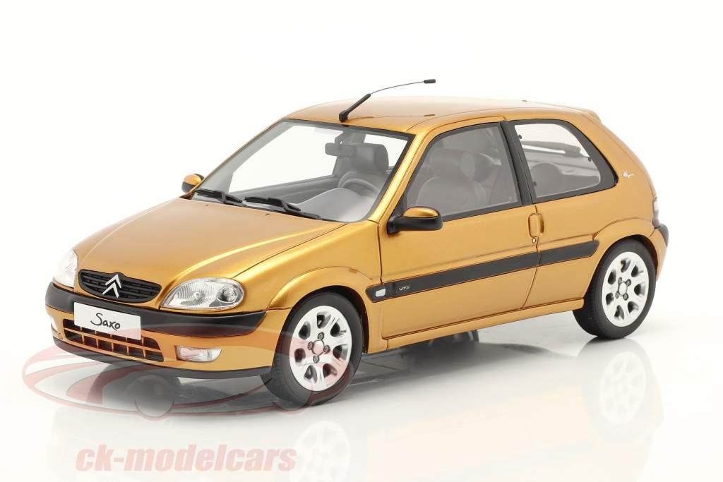 Citroen Saxo VTS Byggeår 2000 heliodorus gul 1:18 OttOmobile