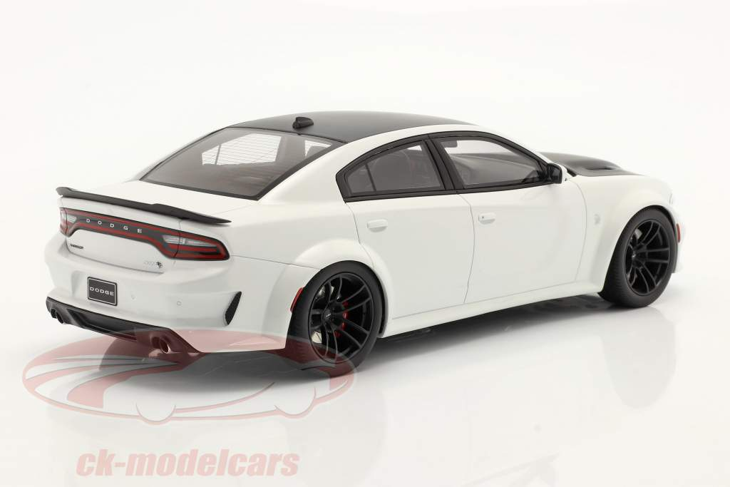 Dodge Charger SRT Hellcar Redeye Baujahr 2021 weiß 1:18 GT-SPIRIT