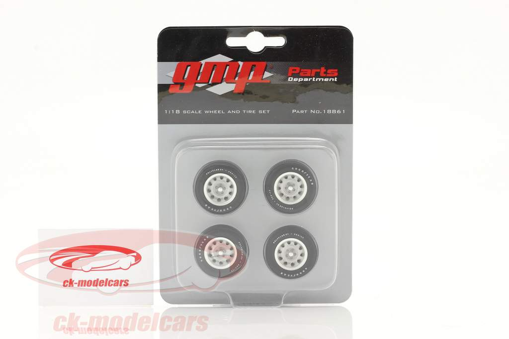 Muscle Car Wheel and Tire Set 1:18 GMP