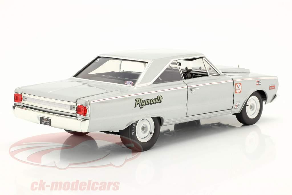 Plymouth Belvedere Lightweight Silver Bullet Byggeår 1967 sølv 1:18 GMP