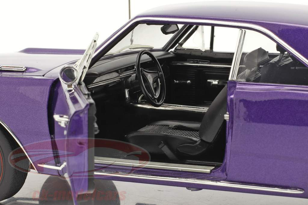 Dodge Dart GTS 440 Anno di costruzione 1969 viola 1:18 GMP