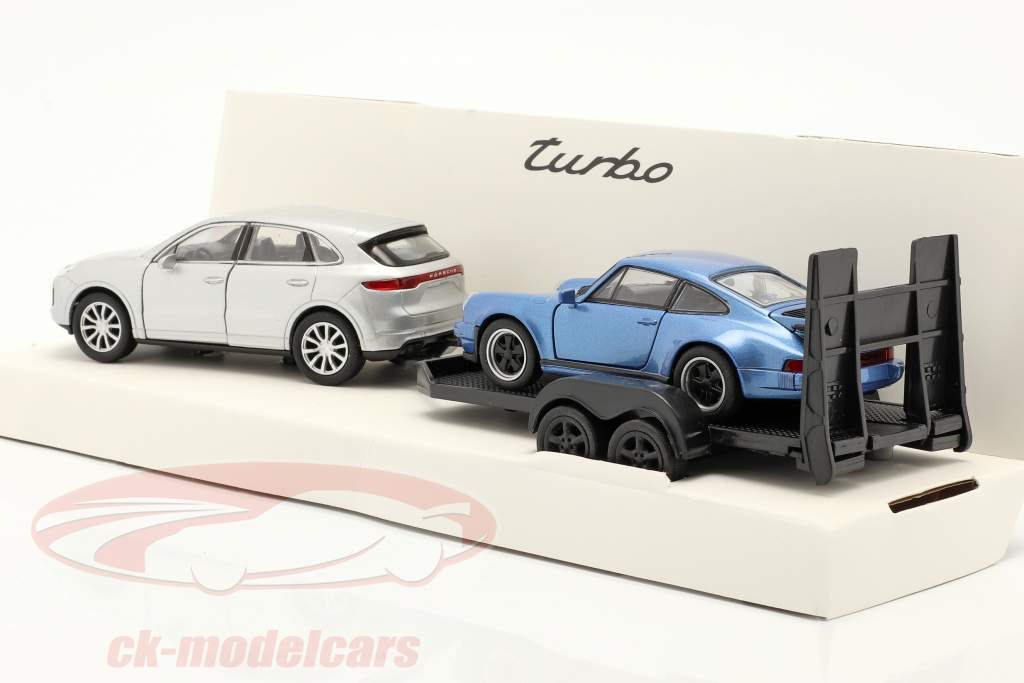 Pullback set Porsche Cayenne Turbo with pendant and Porsche 911 Turbo 1:32 Welly