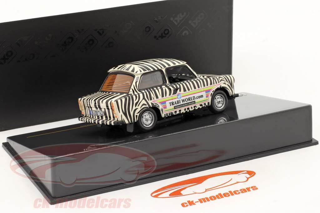Trabant 601 Safari år 1970 sort / hvid 1:43 Ixo