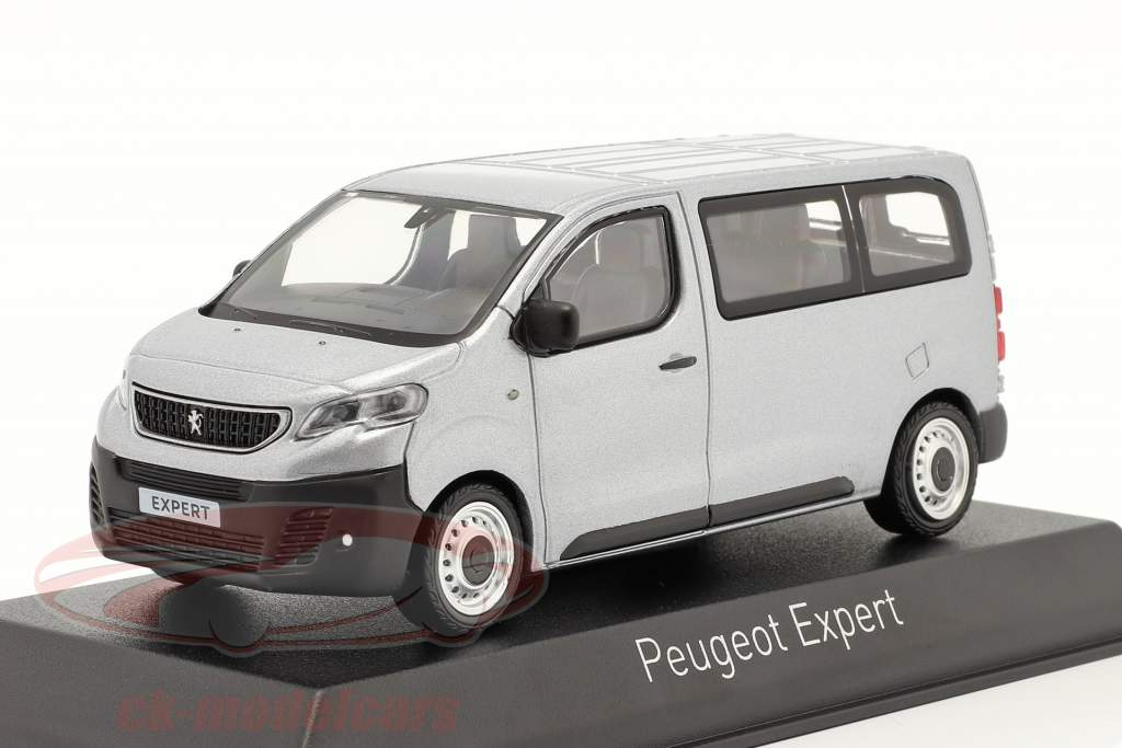 Peugeot Expert bouwjaar 2016 aluminium zilver 1:43 Norev