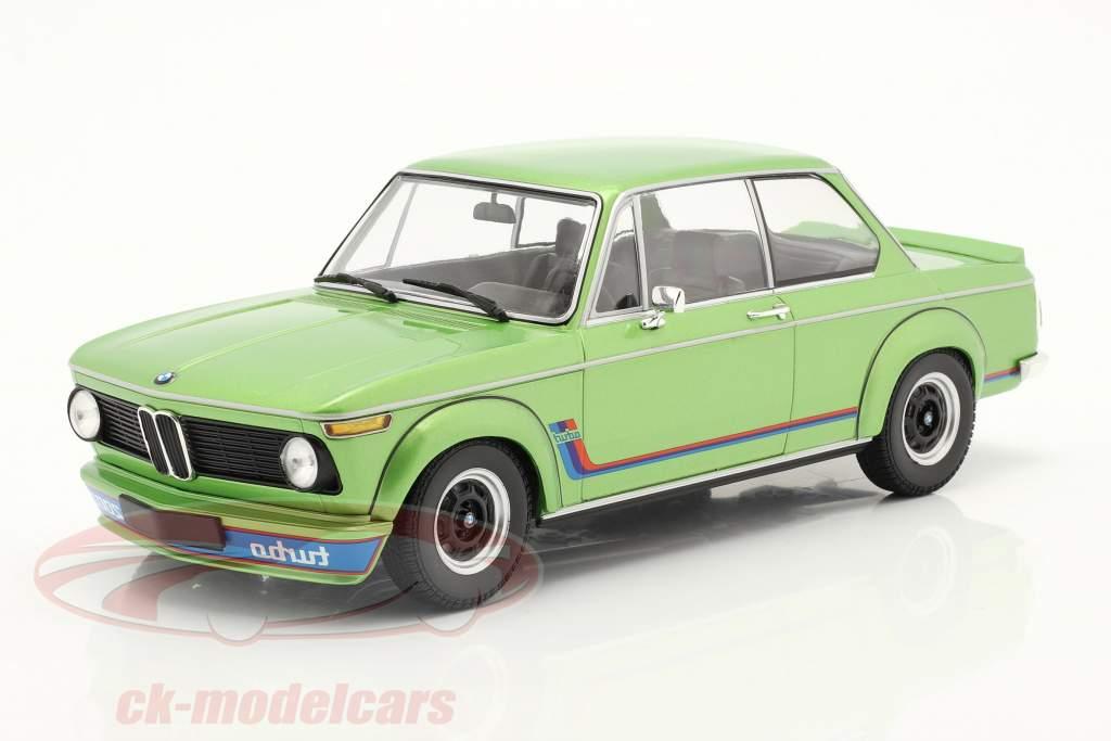 BMW 2002 Turbo Byggeår 1972 grøn metallisk 1:18 Minichamps