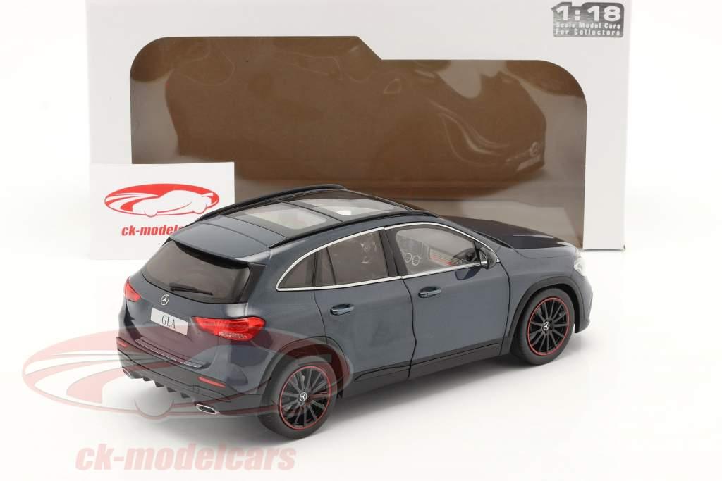 Mercedes-Benz GLA (H247) bouwjaar 2020 denim blauw metalen 1:18 Solido
