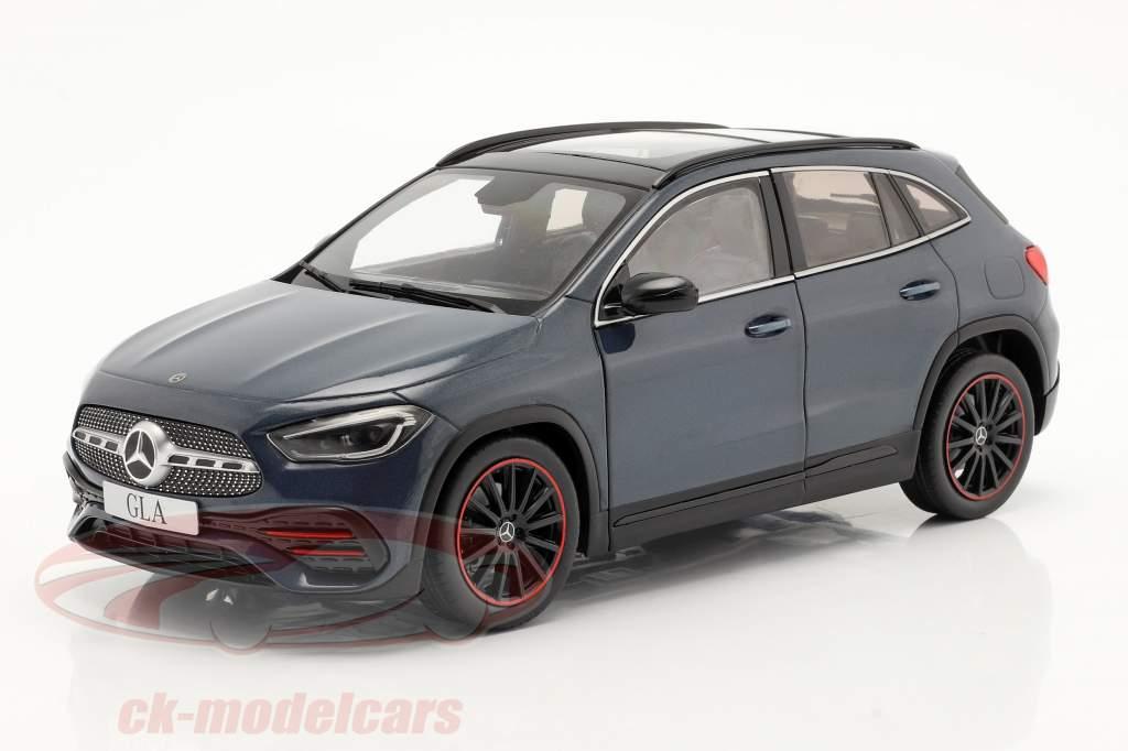 Mercedes-Benz GLA (H247) Byggeår 2020 denim blå metallisk 1:18 Solido