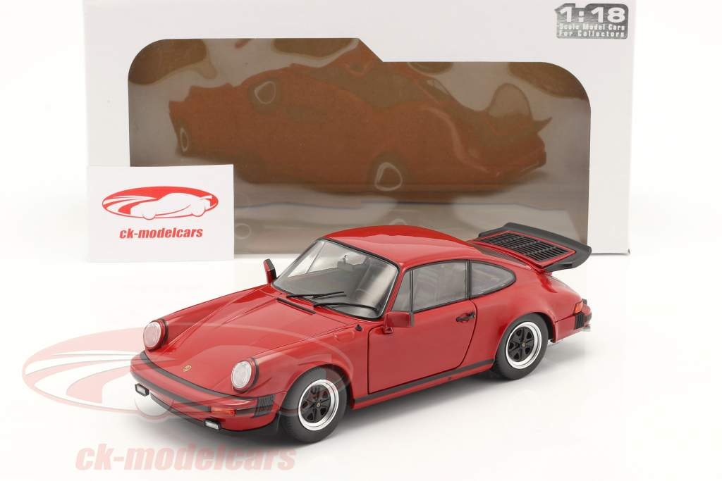 Porsche 911 (930) Carrera 3.2 Byggeår 1984 Rød 1:18 Solido