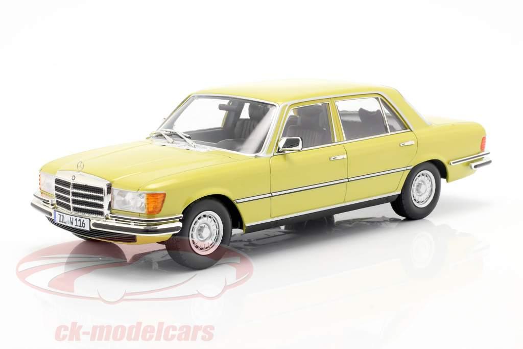 Mercedes-Benz S-klasse 450 SEL 6.9 (W116) 1975-1980 mimosa geel 1:18 iScale