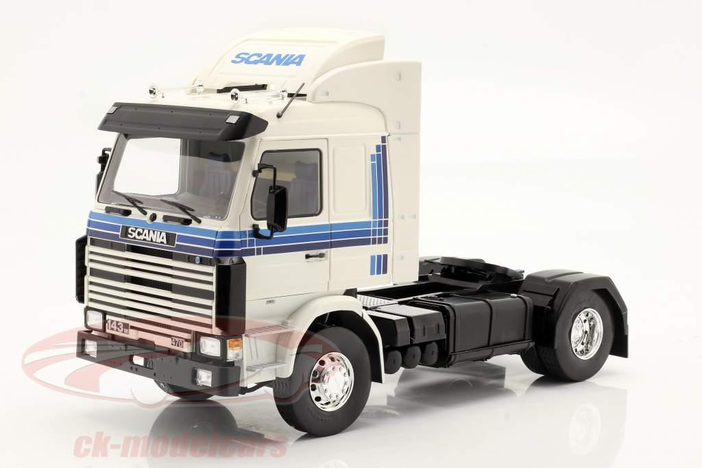 Scania 143 Topline Sattelzugmaschine 1987 weiß / blau 1:18 Model Car Group