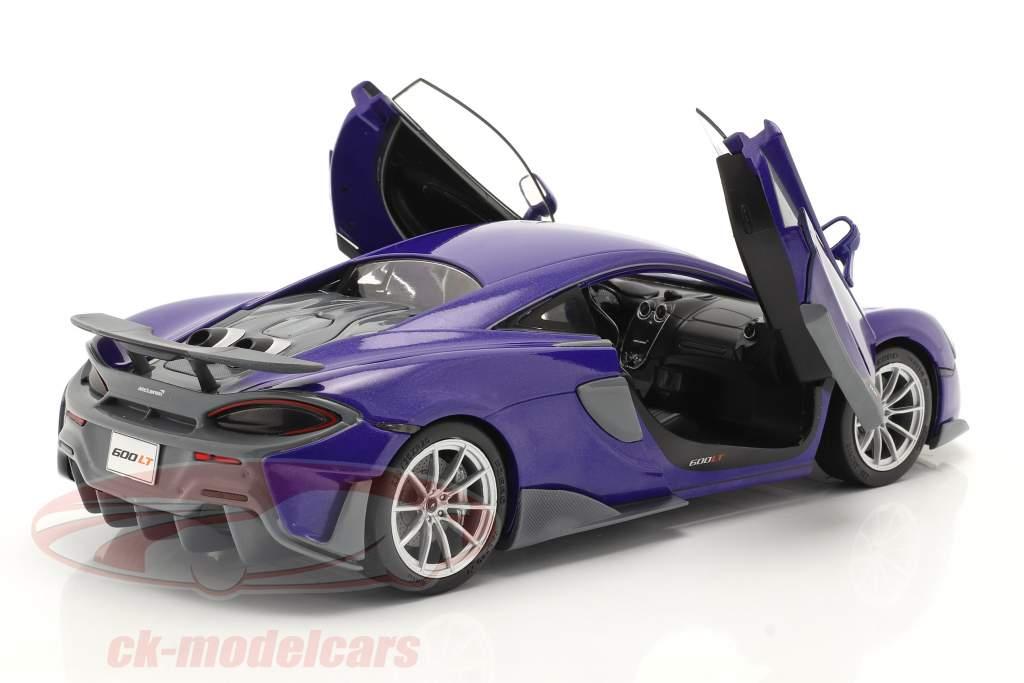 McLaren 600LT Coupe Año de construcción 2018 púrpura metálico 1:18 Solido