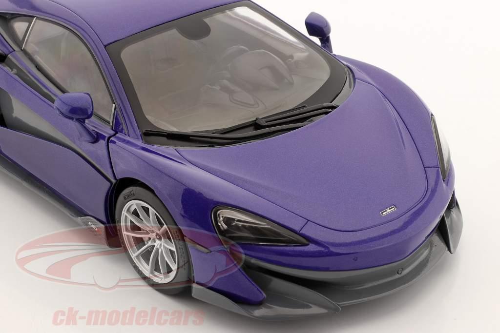 McLaren 600LT Coupe Baujahr 2018 violett metallic 1:18 Solido