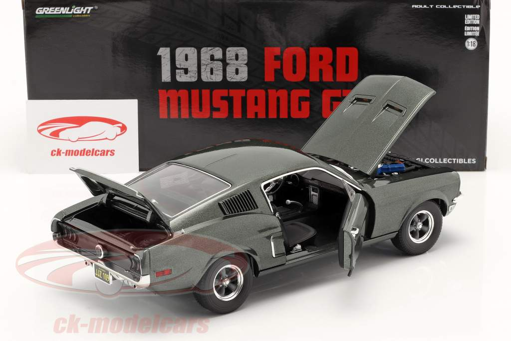 Ford Mustang GT year 1968 dark green metallic 1:18 Greenlight