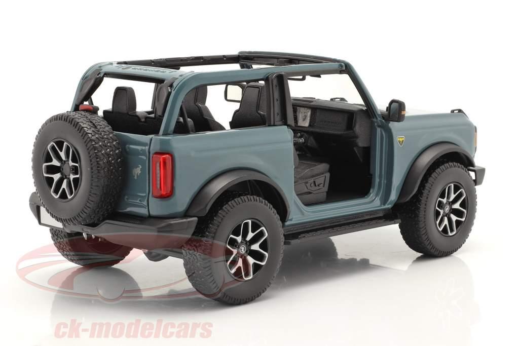 Ford Bronco Badlands (sans pour autant Des portes) Année de construction 2021 gris-bleu 1:18 Maisto