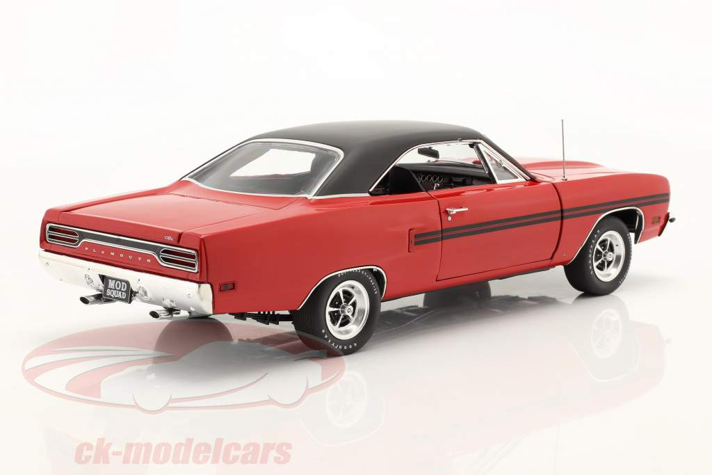 Plymouth GTX 1970 TV-Serie The Mod Squad (1968-73) rot / schwarz 1:18 GMP