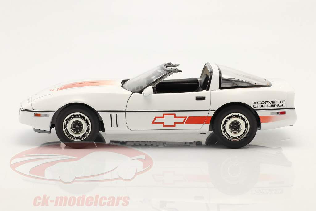 Chevrolet Corvette C4 Année de construction 1988 blanche / Orange 1:18 Greenlight
