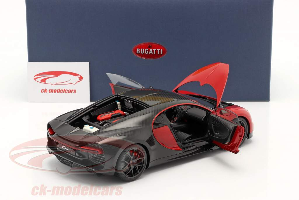 Bugatti Chiron Sport year 2019 italian red / carbon 1:18 AUTOart