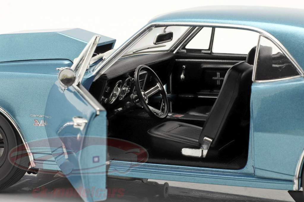 Chevrolet Camaro Drag Outlaws 1967 blue 1:18 GMP
