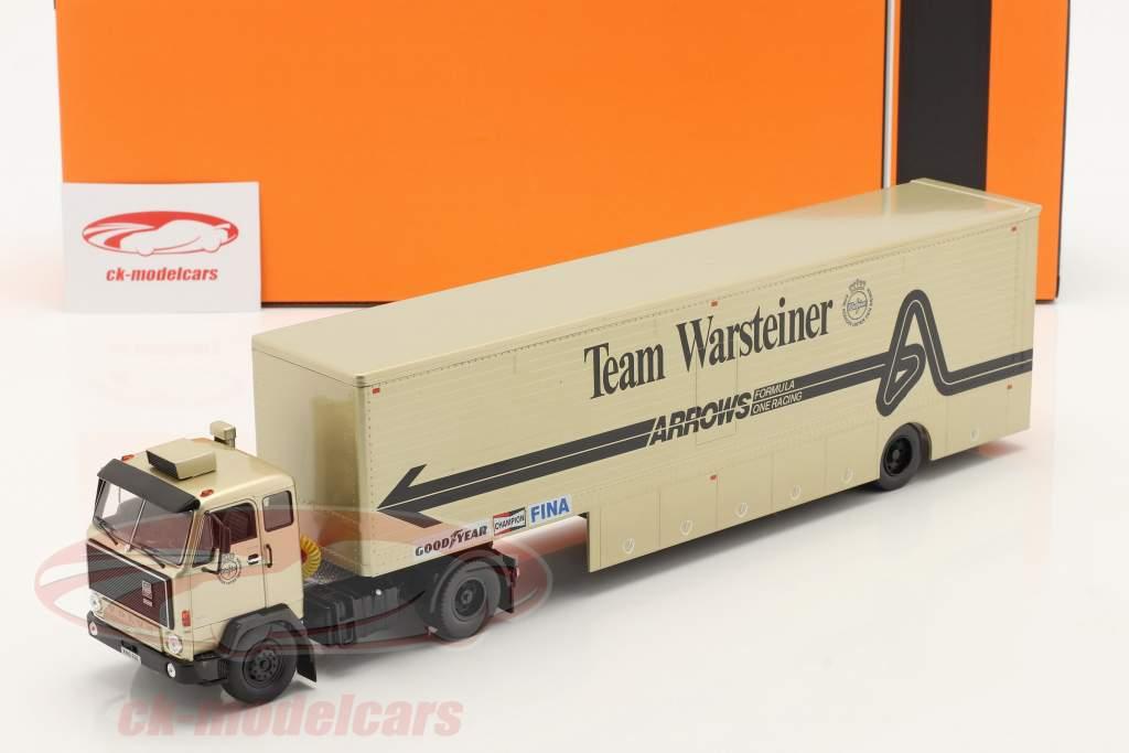 Volvo F89 Race Car Transporter formule 1 1981 Team Warsteiner Arrows 1:43 Ixo