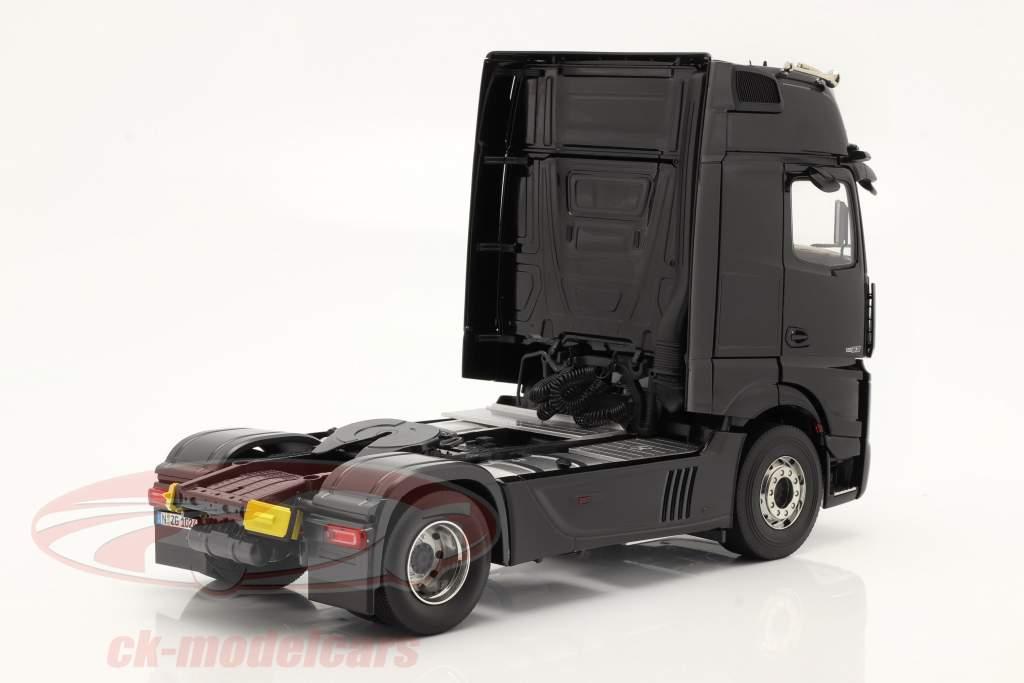 Mercedes-Benz Actros Gigaspace 4x2 SZM le noir sans pour autant Mercedes conception 1:18 NZG