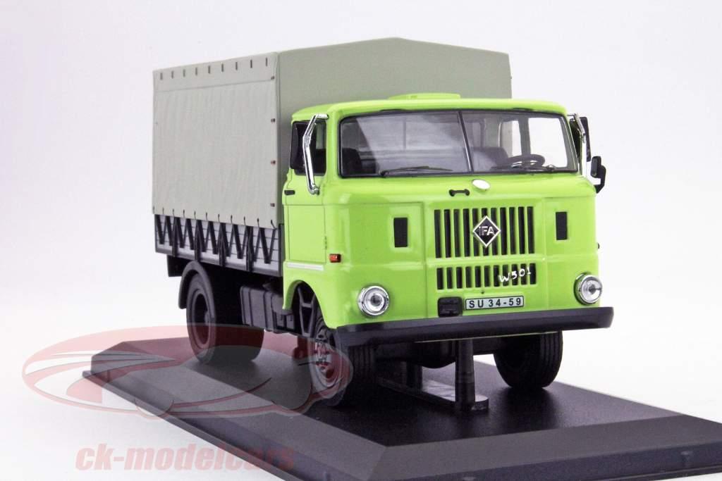 IFA W50L jaar 1965 groen 1:43 Ixo IST-Models