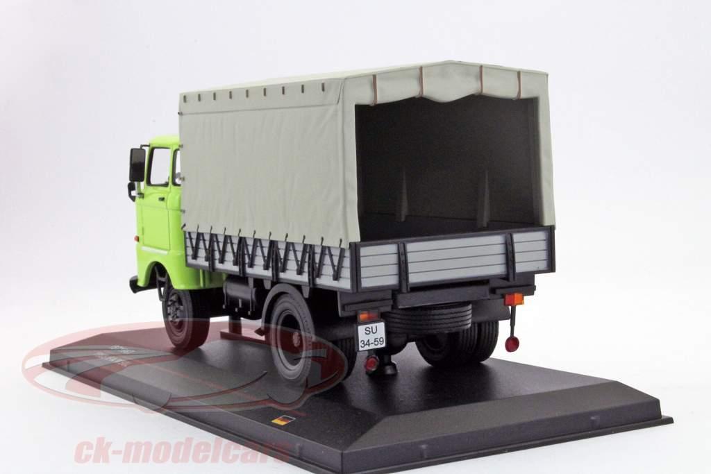 IFA W50L year 1965 green 1:43 Ixo IST-Models