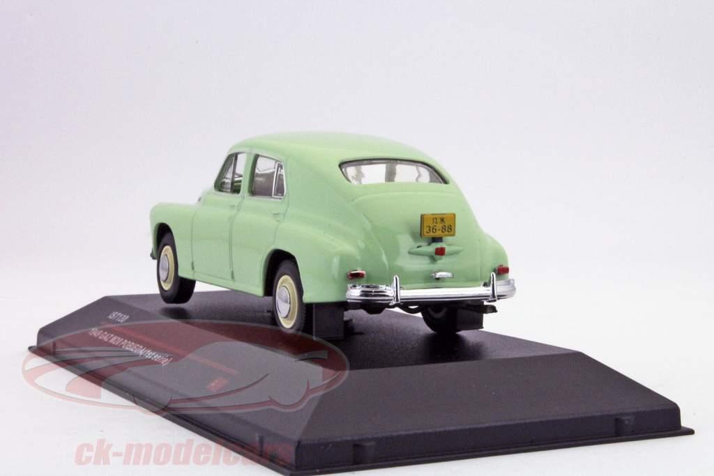 GAZ M20 Pobieda construído em 1949 luz verde 1:43 Ixo IST