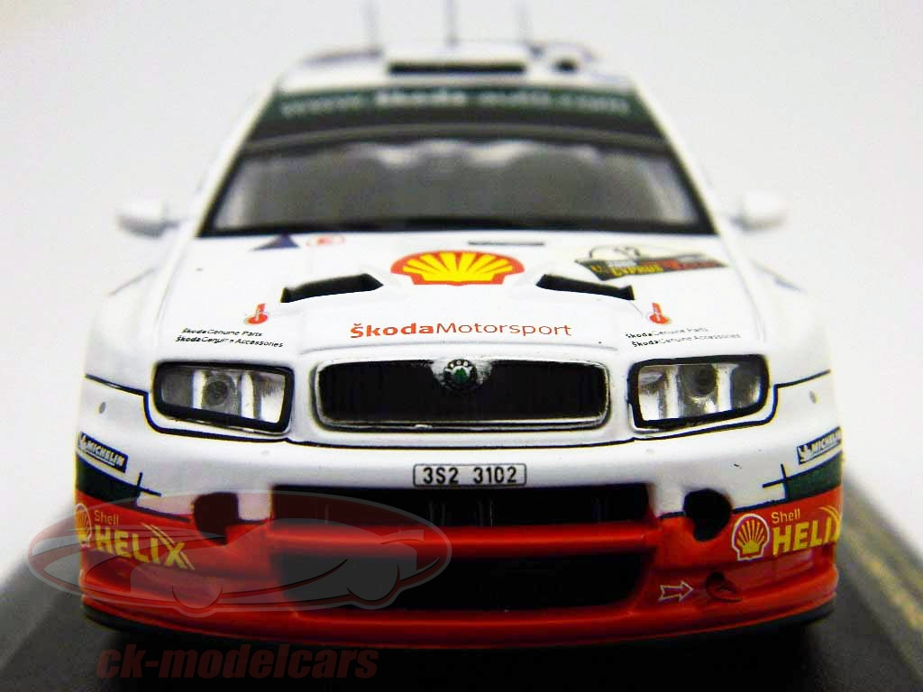 ixo-1-43-no12-skoda-fabia-wrc-cipro-rally-2005-ram196/