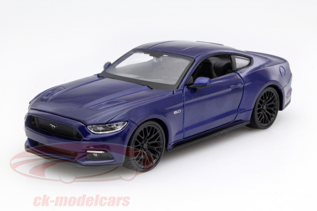 maisto-1-24-ford-mustang-year-2015-blue-31508/