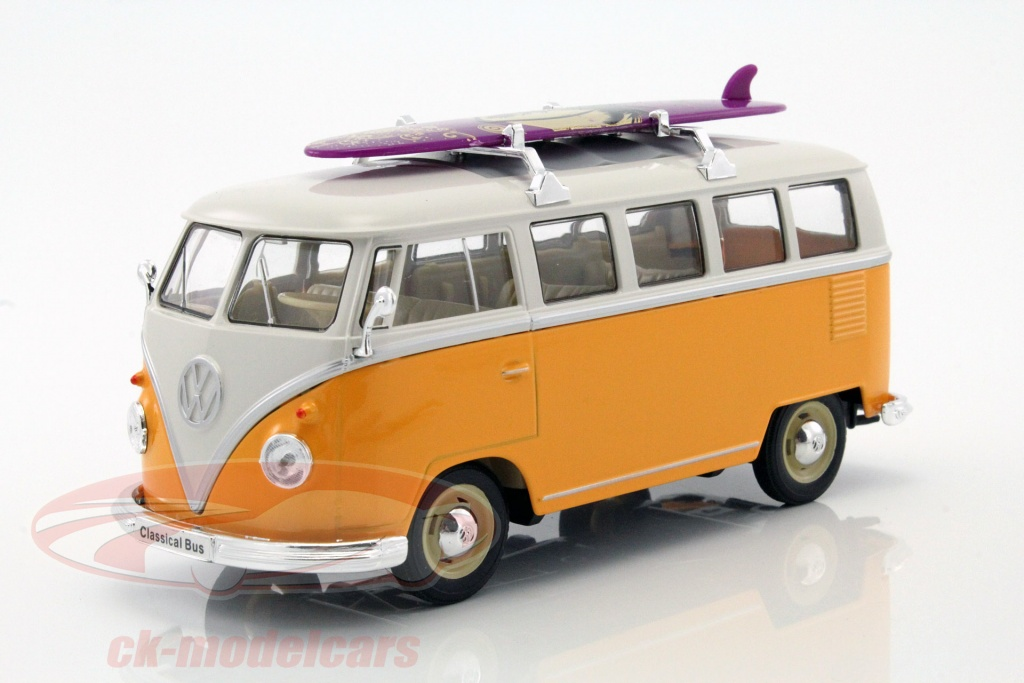 welly-1-24-volkswagen-vw-classic-bus-avec-planche-de-surf-annee-de-construction-1962-jaune-blanc-22095sby/