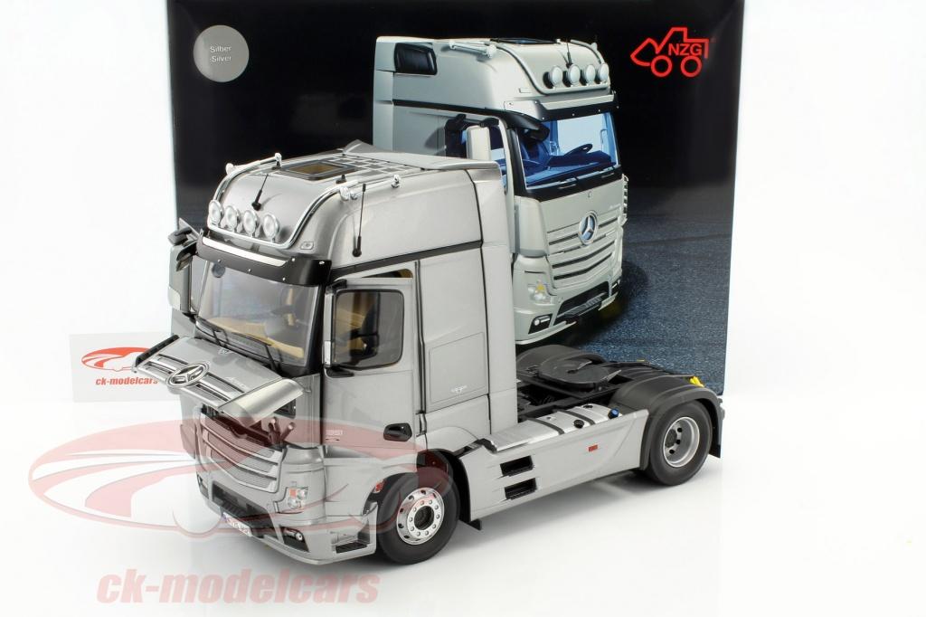 Nzg 1 18 Mercedes Benz Actros 2 Gigaspace 4x2 Fh25 Truck Szm Silver