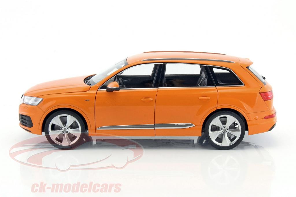 FULL OPENING 1:18 Minichamps Audi Q7-2015 metallic white