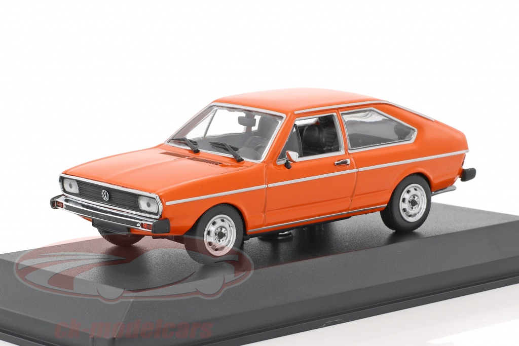 minichamps-1-43-volkswagen-vw-passat-baujahr-1975-orange-940054201/