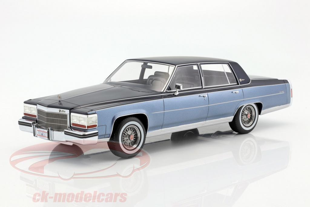 bos-models-1-18-cadillac-fleetwood-brougham-annee-de-1982-bleu-bleu-clair-bos327/