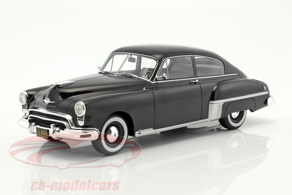 bos-models-1-18-oldsmobile-rocket-88-anno-1949-nero-bos266/