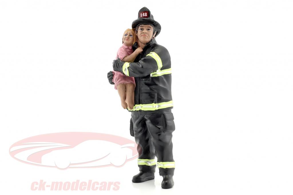 american-diorama-1-18-bombero-figura-ii-saving-life-ad77460/