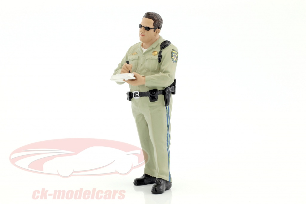 american-diorama-1-18-police-series-highway-patrol-cifra-i-writing-ticket-ad77463/