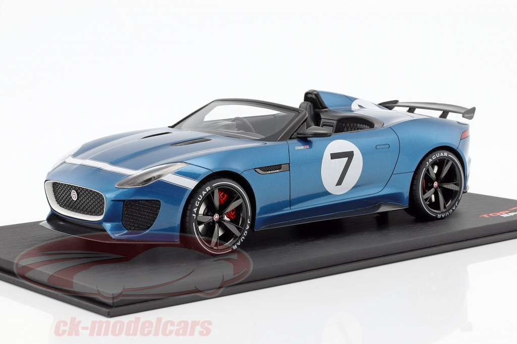 true-scale-1-18-jaguar-f-type-projet-7-concept-ecurie-bleu-ts0035/