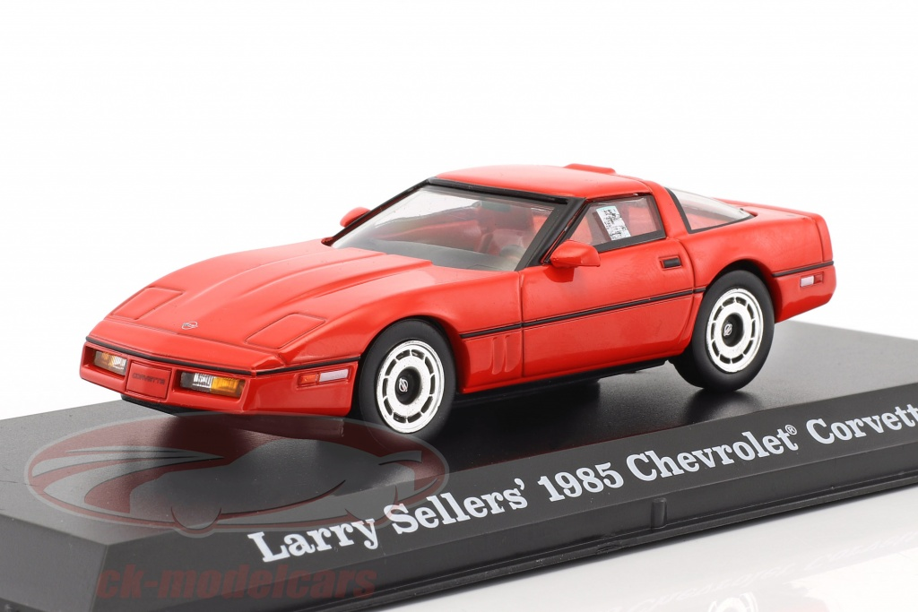 greenlight-1-43-larry-sellers-chevrolet-corvette-c4-anno-di-costruzione-1985-film-the-big-lebowski-1998-rosso-86497/