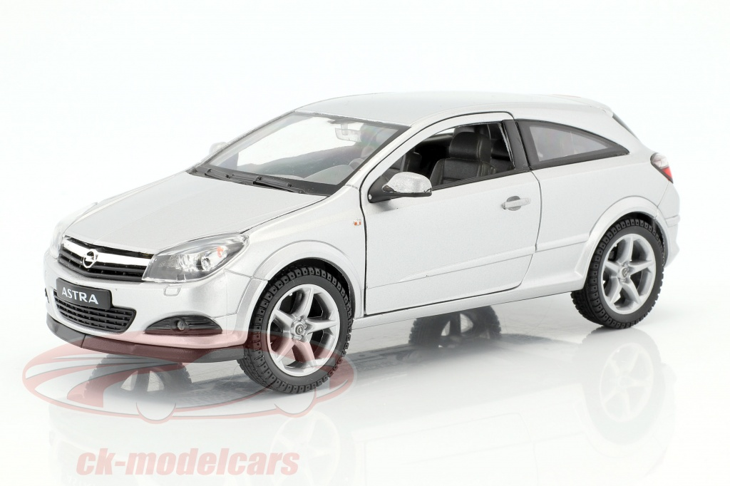 welly-1-24-opel-astra-gtc-year-2005-silver-22469/