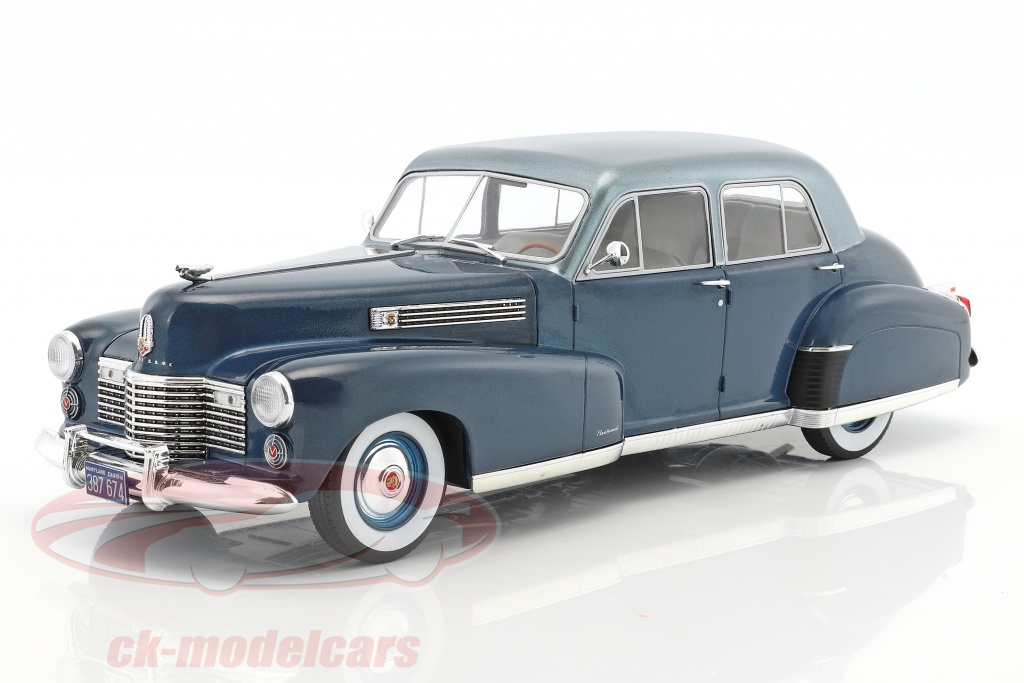 modelcar-group-1-18-cadillac-fleetwood-series-60-special-sedan-year-1941-blue-metallic-mcg18072/