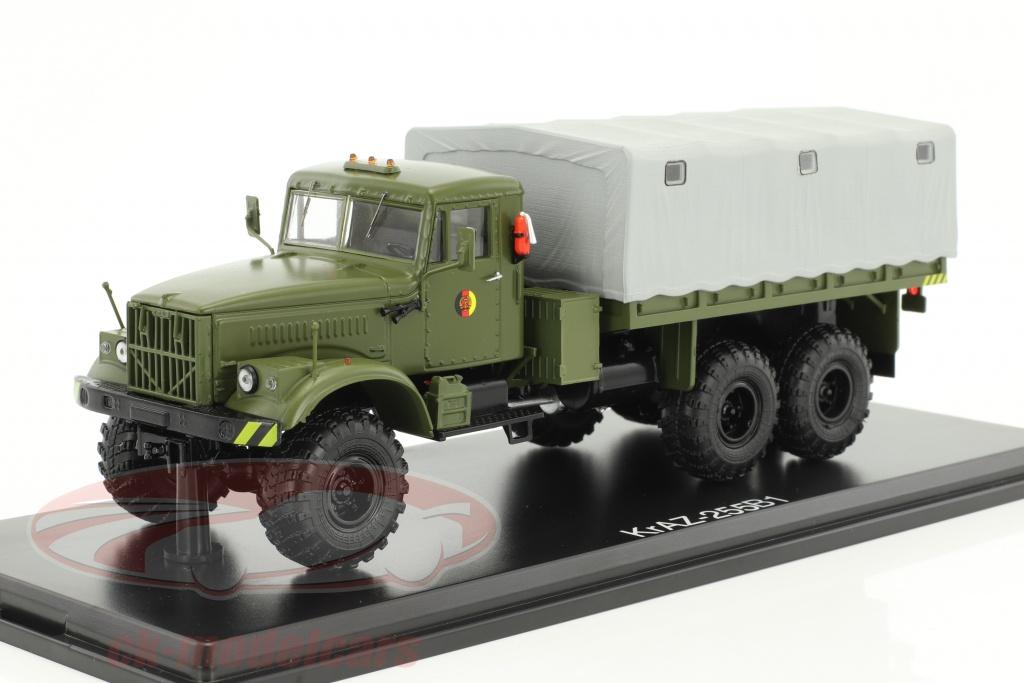 premium-classixxs-1-43-kraz-255b1-nva-militaire-vehicule-olive-pcl47041/