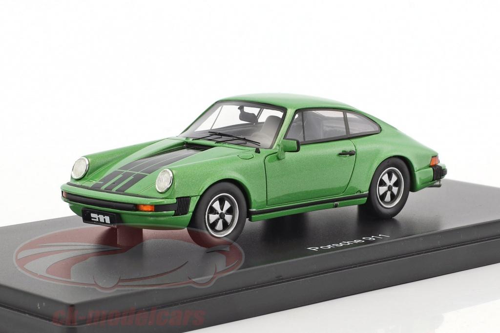 schuco-1-43-porsche-911-coupe-verde-metallico-450891900/