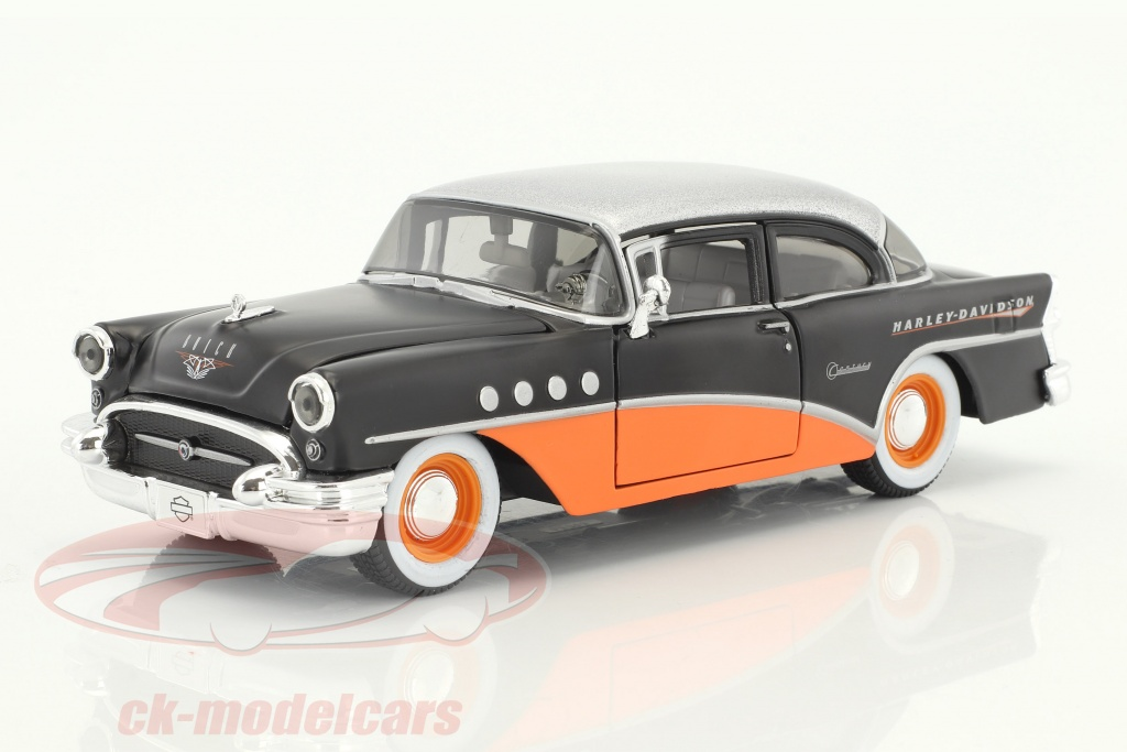 maisto-1-24-buick-century-hd-design-year-1955-orange-black-silver-metallic-32197/