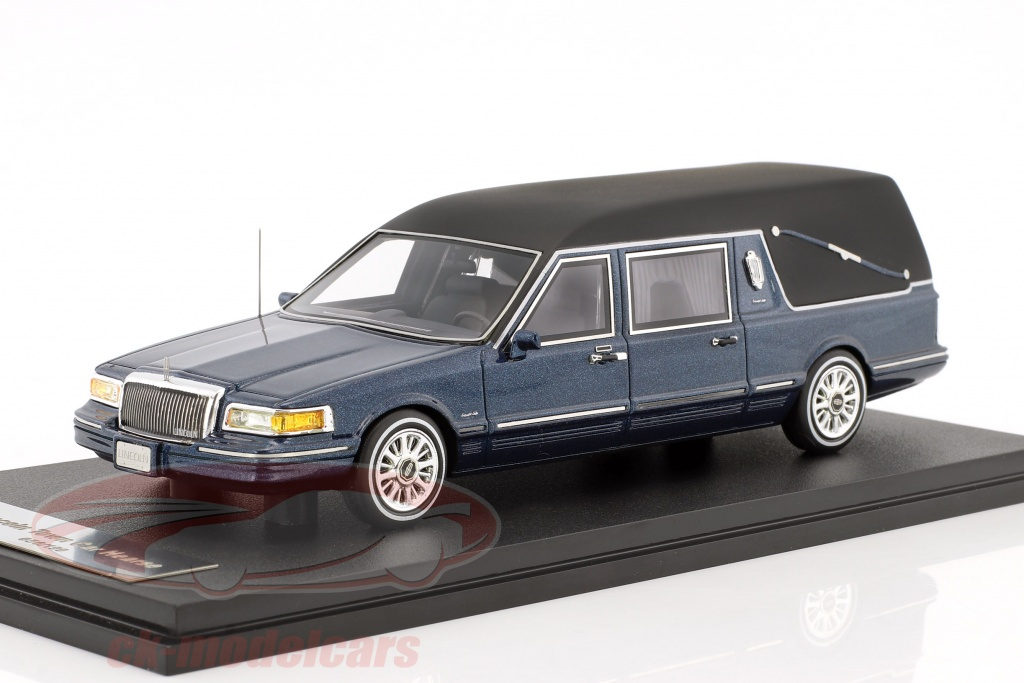 great-lighting-models-1-43-lincoln-town-car-corbillard-annee-de-construction-1997-bleu-metallique-glm43102702/