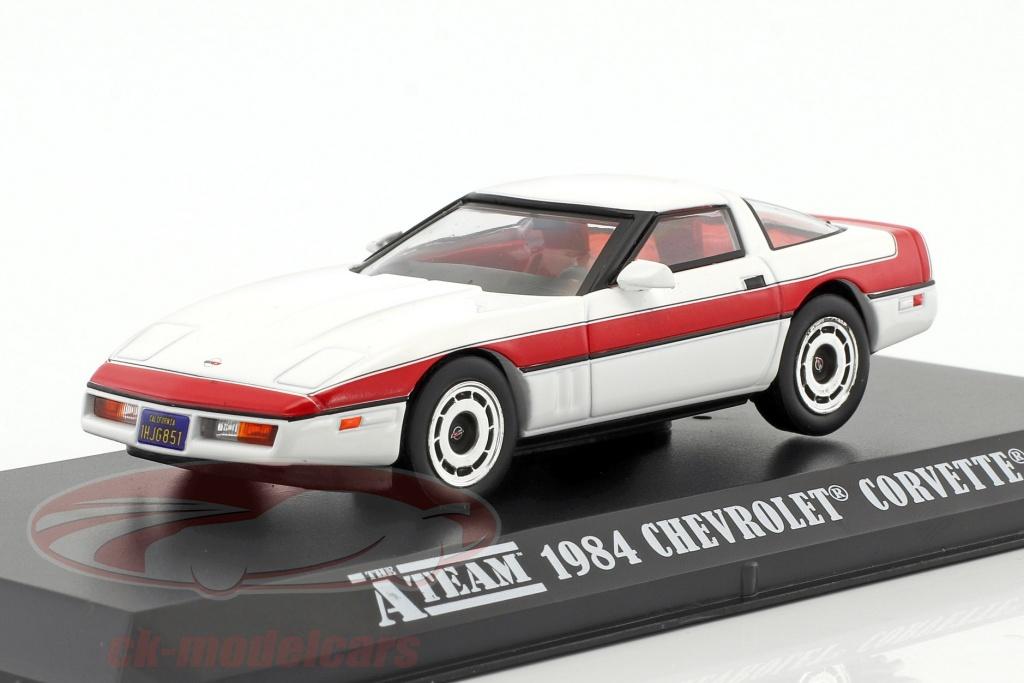 greenlight-1-43-chevrolet-corvette-c4-baujahr-1984-tv-serie-das-a-team-1983-87-weiss-rot-86517/