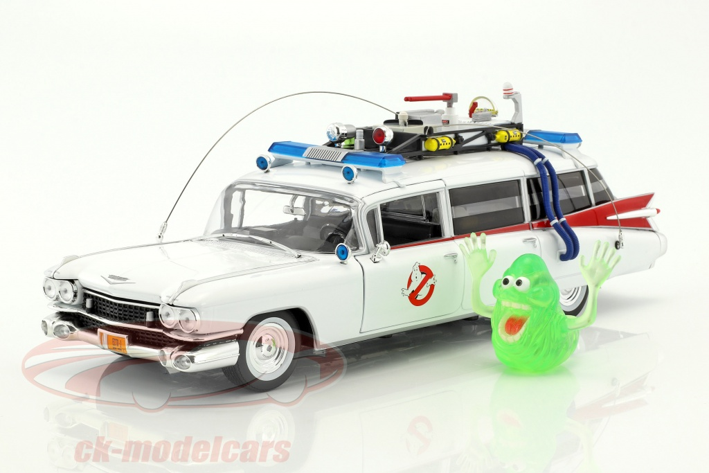 ertl-1-18-cadillac-ambulance-ecto-1-baujahr-1959-film-ghostbusters-1984-weiss-mit-figur-slimer-awss118/
