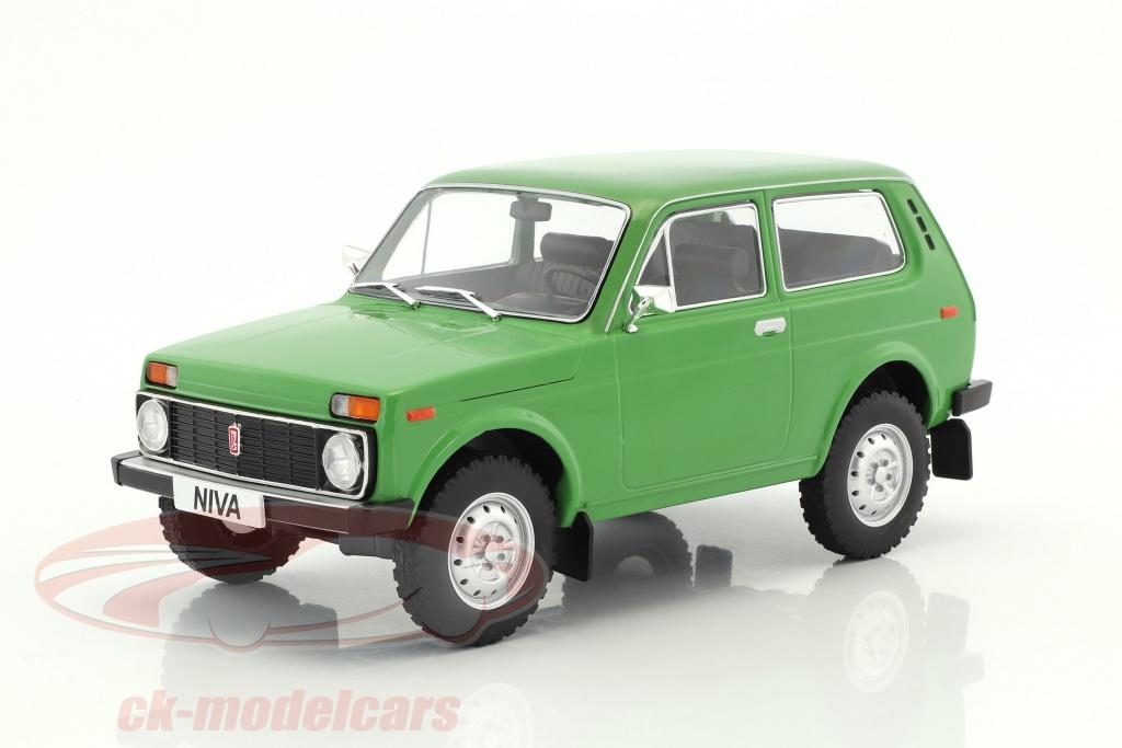 modelcar-group-1-18-lada-niva-baujahr-1976-gruen-mcg18111/