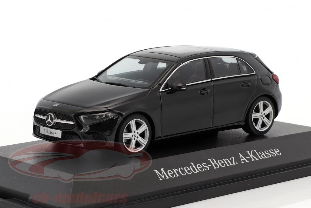 herpa-1-43-mercedes-benz-a-class-cosmos-black-metallic-b66960426/
