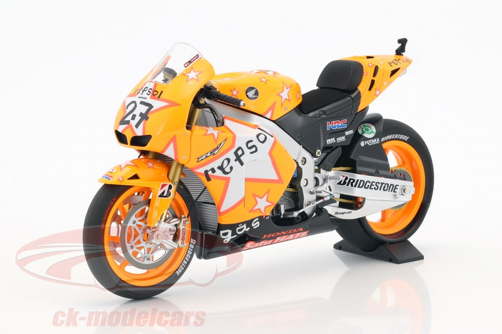minichamps-1-12-casey-stoner-honda-rc212v-no27-gagnant-aragon-gp-champion-du-monde-motogp-2011-122111227/
